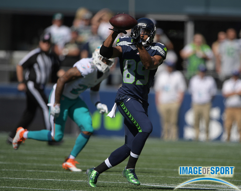 Sep 11, 2016; Seattle, WA, USA;  Seattle Seahawks wide receiver Doug Baldwin (89) catches a pass against the Miami Dolphins during a NFL game at CenturyLink Field.