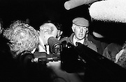 Garda detectives give news of the successful outcome of the Jennifer Guinness kidnap to the massed media at the scene of her rescue.<br /> 10 April 1986