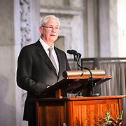 NLD/Amsterdam/20151125 - Koning Willem Alexander reikt Erasmusprijs 2015 uit, ..........