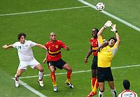 v.l. Andranik Teymourian Iran, Kali, Akwa, Torwart Ebrahim Mirzapour Iran<br /> Fussball WM 2006 Iran - Angola<br />  Norway only