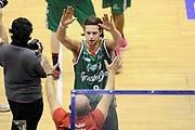 DESCRIZIONE : Milano Coppa Italia Final Eight 2014 Quarti Acqua Vitasnella Cantù Grissin Bon Reggio Emilia<br /> GIOCATORE : Michele Antonutti<br /> CATEGORIA : mani esultanza post game <br /> SQUADRA : Grissin Bon Reggio Emilia<br /> EVENTO : Beko Coppa Italia Final Eight 2014 <br /> GARA : Acqua Vitasnella Cantù Grissin Bon Reggio Emilia<br /> DATA : 07/02/2014 <br /> SPORT : Pallacanestro <br /> AUTORE : Agenzia Ciamillo-Castoria/N.Dalla Mura<br /> GALLERIA : Lega Basket Final Eight Coppa Italia 2014 FOTONOTIZIA : Milano Coppa Italia Final Eight 2014 Quarti Acqua Vitasnella Cantù Grissin Bon Reggio Emilia