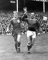 Fotball<br /> England <br /> Foto: Colorsport/Digitalsport<br /> NORWAY ONLY<br /> <br /> Roger Hunt - Liverpool. Everton v Liverpool, Charity Shield 13/8/66.