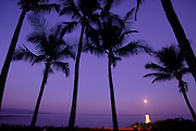 Moonset, Wailea, Maui, Hawaii, USA<br />