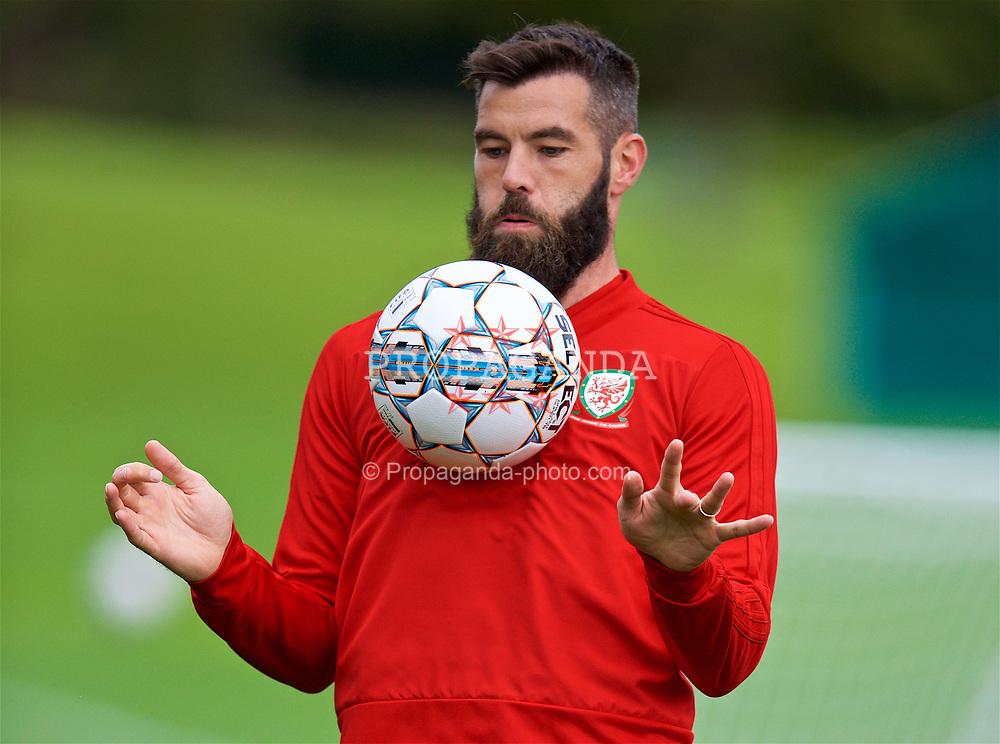 CARDIFF, WALES - Saturday, September 8, 2018: Wales' Joe Ledley during a training session at the Vale Resort ahead of the UEFA Nations League Group Stage League B Group 4 match between Denmark and Wales. (Pic by David Rawcliffe/Propaganda)
