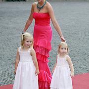 NLD/Apeldoorn/20070901 - Viering 40ste verjaardag Prins Willem Alexander, Maxima samen met dochters Amalia en Alexia