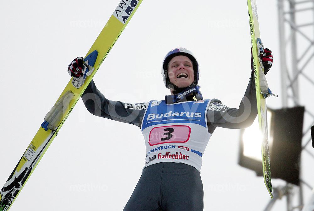 MORGENSTERN-Skispringen, Vierschanzentournee 2006/2007, Innsbruck , Thomas Morgenstern (AUT) jubelt,