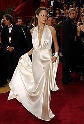 Feb. 29, 2004 - U.S. - KRT ENTERTAINMENT STORY SLUGGED: OSCARS KRT PHOTO BY ABACA PRESS (March 1) Angelina Jolie arrives at the 76th Academy Awards on Sunday, February 29, 2004, in Los Angeles, California. (gsb) 2004 (Credit Image: © Staff/TNS/ZUMAPRESS.com)