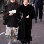 NLD/Amsterdam/20080201 - Verjaardagsfeest Koninging Beatrix en prinses Margriet, aankomst prinses Christina