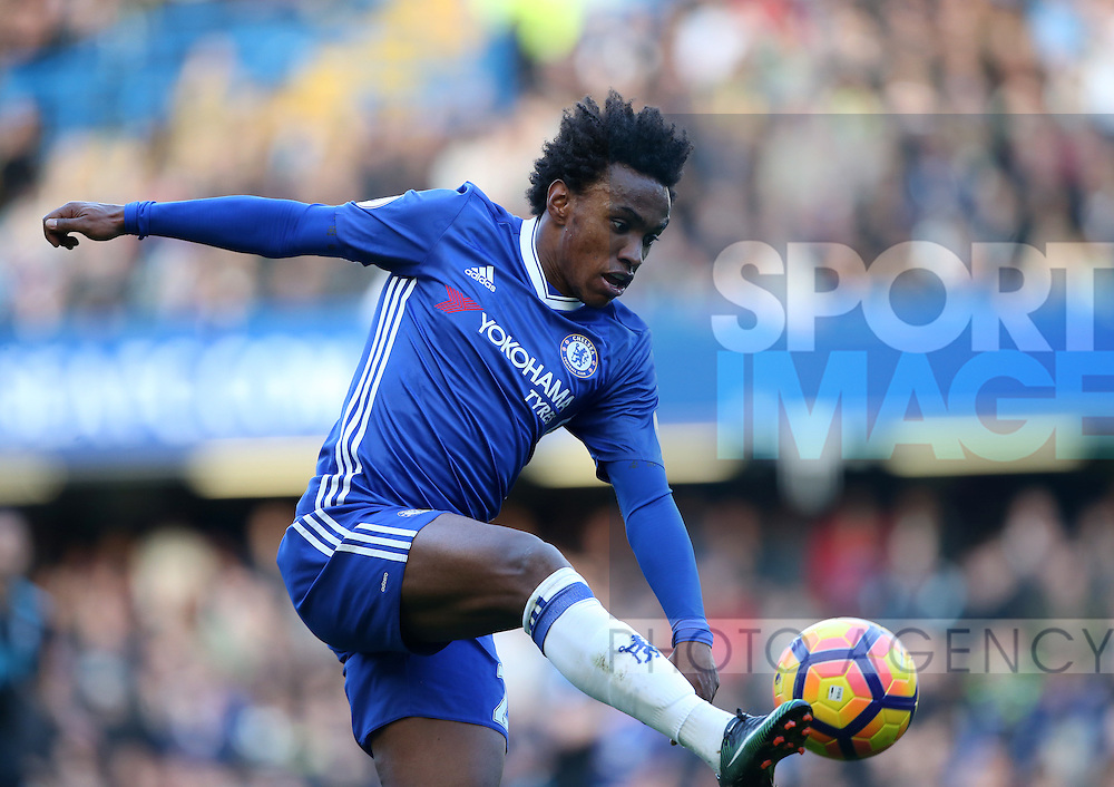 Chelsea's Willian in action during the Premier League match at Stamford Bridge Stadium, London. Picture date December 11th, 2016 Pic David Klein/Sportimage