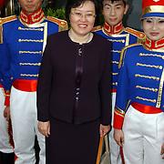 NLD/Huizen/20050706 - Premiere Nieuw Groot Chinees Staatscircus, ambassadeur China Xue Hangin