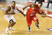 DESCRIZIONE : Roma Campionato Lega A 2013-14 Acea Virtus Roma EA7 Emporio Armani Milano <br /> GIOCATORE : Jerrels Curtis<br /> CATEGORIA : penetrazione equilibrio<br /> SQUADRA : EA7 Emporio Armani Milano <br /> EVENTO : Campionato Lega A 2013-2014<br /> GARA : Acea Virtus Roma EA7 Emporio Armani Milano <br /> DATA : 02/12/2013<br /> SPORT : Pallacanestro<br /> AUTORE : Agenzia Ciamillo-Castoria/M.Simoni<br /> Galleria : Lega Basket A 2013-2014<br /> Fotonotizia : Roma Campionato Lega A 2013-14 Acea Virtus Roma EA7 Emporio Armani Milano <br /> Predefinita :