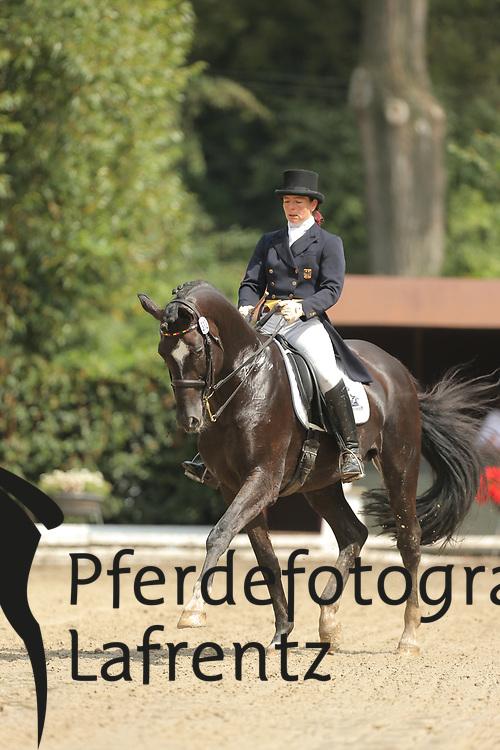 Brav, Miriam, Persson<br /> Hannover - Trakehner Bundesturnier<br /> Dressur - Klasse S<br /> © www.sportfotos-lafrentz.de/ Stefan Lafrentz