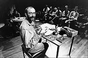 Nederland, Nijmegen, 15-5-1994Cabaretier Hans Dorrestijn tijdens een optreden in cultureel centrum O42.FOTO: FLIP FRANSSEN/ HOLLANDSE HOOGTE