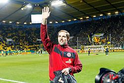 27.10.2010,  Tivoli, Aachen, GER, DFB Pokal, Alemannia Aachen vs Mainz 05, 2. Runde, im Bild: Thomas Tuchel (Trainer Mainz) winkt seinen Fans  EXPA Pictures © 2010, PhotoCredit: EXPA/ nph/  Mueller+++++ ATTENTION - OUT OF GER +++++