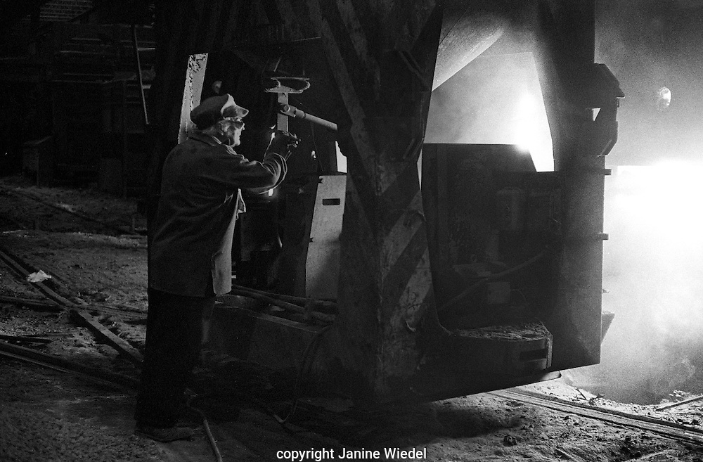 Open hearth furnace fettling machine. Bilston Steelworks in the Black Country West Midlands in the 1978