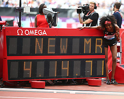 July 22, 2018 - London, United Kingdom - Sifan Hassan of Netherlands New World Record  in the 1 Mile Women Millicent Fawcett during the Muller Anniversary Games IAAF Diamond League Day Two at The London Stadium on July 22, 2018 in London, England. (Credit Image: © Action Foto Sport/NurPhoto via ZUMA Press)