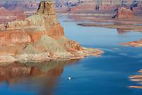Housboat on Lake Powell from Alstrom Point, Glen Canyon National Recreation Area Utah