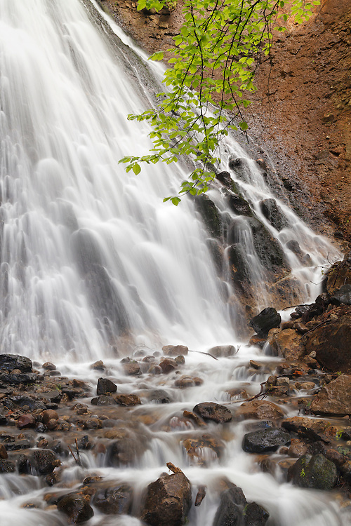 Waterfall Rossignolet detail in Spring
