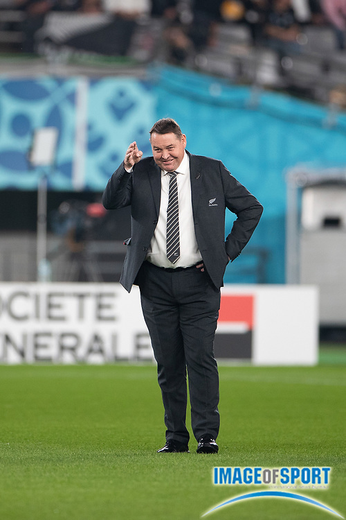 Steve Hansen, coach of New Zealand greeting before the Rugby World Cup bronze final match between New Zealand and Wales Friday, Nov, 1, 2019, in Tokyo. New Zealand defeated Wales 40-17.  (Flor Tan Jun/Espa-Images-Image of Sport)