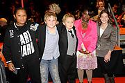 Premiere Patatje Oorlog tijdens de Opening van het Cinekid Festival in de Gashouder op het Westergasterrein in Amsterdam.<br /> <br /> Op de foto: leden van de VPRO-serie Doctor Cheesy