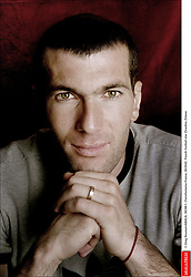 © Greg Soussan/ABACA. 39199-1. Clairefontaine-France, 05/2002. French football star Zinedine Zidane.  Zidane Zinedine Seule Seul Seuls Seules Alone Studio Studio Clairefontaine France Frankreich Ile-de-France Headshot Portraits Portrait Headshots Head Shot Head Shots Vertical Vertical Indexe Rendez-vous  | 39199_01