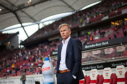 September 16, 2017 - Stuttgart, Germany - Wolfsburgs coach Andries Jonker watches the warm-up / Bundesliga match VfB Stuttgart vs VfL Wolfsburg, September 16, 2017. (Credit Image: © Bartek Langer/NurPhoto via ZUMA Press)