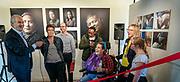 Opening tentoonstelling Aad van Vliet 'Oog voor anders', Outsider Art Galerie Amsterdam met Job Cohen