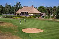 Valkenswaard  - green hole 9 met clubhuis   ,  Eindhovensche Golf Club.   COPYRIGHT KOEN SUYK