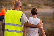 Barbara Buatois op de vijfde racedag. In Battle Mountain (Nevada) wordt ieder jaar de World Human Powered Speed Challenge gehouden. Tijdens deze wedstrijd wordt geprobeerd zo hard mogelijk te fietsen op pure menskracht. Ze halen snelheden tot 133 km/h. De deelnemers bestaan zowel uit teams van universiteiten als uit hobbyisten. Met de gestroomlijnde fietsen willen ze laten zien wat mogelijk is met menskracht. De speciale ligfietsen kunnen gezien worden als de Formule 1 van het fietsen. De kennis die wordt opgedaan wordt ook gebruikt om duurzaam vervoer verder te ontwikkelen.<br /> <br /> Barbara Buatois on the fifth racing day. In Battle Mountain (Nevada) each year the World Human Powered Speed Challenge is held. During this race they try to ride on pure manpower as hard as possible. Speeds up to 133 km/h are reached. The participants consist of both teams from universities and from hobbyists. With the sleek bikes they want to show what is possible with human power. The special recumbent bicycles can be seen as the Formula 1 of the bicycle. The knowledge gained is also used to develop sustainable transport.