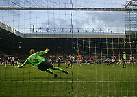 Photo: Andrew Unwin.<br /> Newcastle United v West Ham United. The Barclays Premiership. 20/01/2007.<br /> Newcastle's Nolberto Solano (C) equalises from the penalty spot.