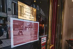 THEMENBILD - Schilder vor geschlossenen Lokalen und Geschaeften in Folge des Coronavirus-Ausbruchs in Oesterreich, aufgenommen am 14.03.2020, Wien, Oesterreich // signs in front of closed bars and shops as a result of the coronavirus outbreak in Austria, Vienna, Austria on 2020/03/14. EXPA Pictures © 2020, PhotoCredit: EXPA/ Florian Schroetter