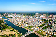 Nederland, Gelderland, Arnhem, 30-09-2015; John Frostbrug over de Nederrijn bij Arnhem. Zicht op de binnenstad.<br /> <br /> John Frost Bridge crossing the Lower Rhine at Arnhem.<br /> luchtfoto (toeslag op standard tarieven);<br /> aerial photo (additional fee required);<br /> copyright foto/photo Siebe Swart