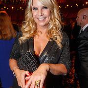 NLD/Amsterdam/20151015 - Televiziergala 2015, Linda de Mol winnaar 3e Televizier Oeuvre-Ring uitgereikt aan Linda de Mol