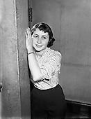 1958 05.03 Miss Rhona Betson - UCD Actress.