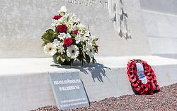 25.06.2016, Vimy, FRA, das kanadische Denkmal von Vimy, im Bild Erinnerungs Altar. Zwei weiße Türme dominieren die Ebene von Lens und erinnern an die Schlacht von Vimy, die im April 1917 stattfand // The Canadian National Vimy Memorial is a memorial site dedicated to the memory of Canadian Expeditionary Force members killed during the First World War at Vimy, France on 2016/06/25. EXPA Pictures © 2016, PhotoCredit: EXPA/ JFK