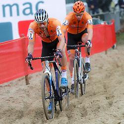 08-11-2020: Wielrennen: EK Veldrijden: Rosmalen<br />David van der Poel , Stan Godrie