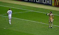 Photo: Glyn Thomas.<br />Italy v France. FIFA World Cup 2006 Final. 09/07/2006.<br /> France's David Trezeguet (L) misses his penalty.