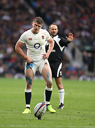 26 February 2017 : 6 Nations Rugby : England v Italy :<br /> Owen Farrell concentrates before taking a kick at goal.<br /> Photo: Mark Leech