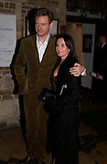 John Gordon-Sinclair and Dr. Shauna Mckeon, Sweet Panic opening night party, Crypt. St. Matin's Lane. 12 November 2003. © Copyright Photograph by Dafydd Jones 66 Stockwell Park Rd. London SW9 0DA Tel 020 7733 0108 www.dafjones.com