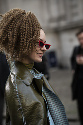 February 18, 2019 - London, England - Vivienne Westwood.Streetstyle, ppl, People on street, Woman, London fashion week 2019 Women ready to wear for Fall Winter Autumn, GB England .People on street, Streetstyle, Fashion, Style, Trend, Look, Outfit (Credit Image: © FashionPPS via ZUMA Wire)