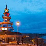 Вечерний Оренбург в районе спуска к Уралу у Красной площади
