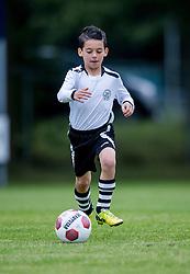 06-10-2016 NED: Selectie 2016-2017 vv Maarssen O10-1, Maarssen<br /> Fotoshoot de jeugd O10-1 van vv Maarssen / Jaden