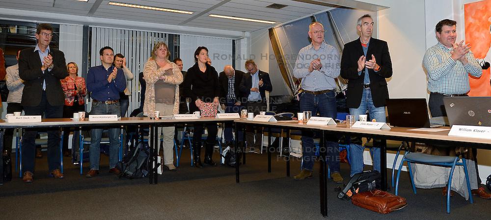 12-12-2015 NED: Bondsvergadering Nevobo, Nieuwegein<br /> Hans Nieukerke is vandaag benoemd tot erevoorzitter van de Nevobo. De 73-jarige Nieukerke ontving in het Huis van de Sport deze eer bij het afscheid van zijn twaalfjarig voorziterschap en kreeg de unieke gouden bondsspeld met drie briljanten opgespeld