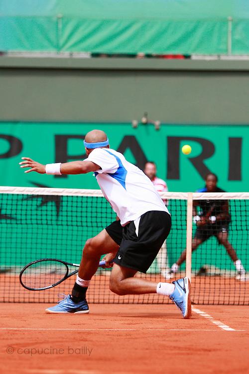 Roland Garros. Paris, France. June 4th 2006..James Blake against Gael Monfils.