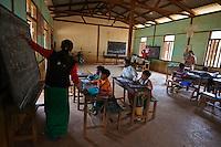 Myanmar (ex Birmanie), Province de Shan, Pindaya, ecole primaire // Myanmar (Burma), Shan province, Pindaya, primary school