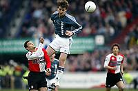 Fotball<br /> Feyenoord v Ajax<br /> 11. april 2004<br /> Foto: Digitalsport<br /> Norway Only<br /> Zlatan Ibrahimovic, Ajax og Hossam Ghali, Feyenoord