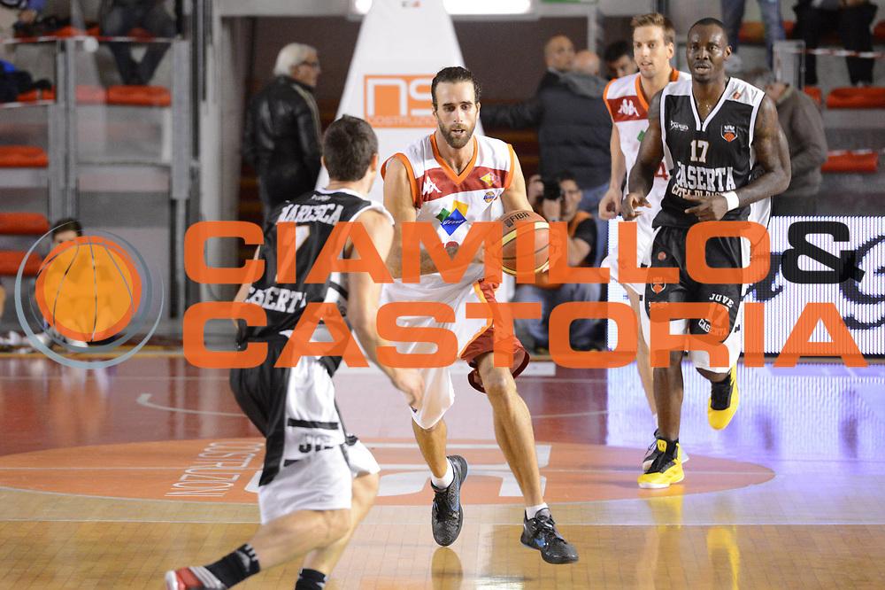 DESCRIZIONE : Roma Lega A 2012-13 Acea Roma Juve Caserta<br /> GIOCATORE : Luigi Datome<br /> CATEGORIA : palleggio contropiede<br /> SQUADRA : Acea Roma<br /> EVENTO : Campionato Lega A 2012-2013 <br /> GARA : Acea Roma Juve Caserta<br /> DATA : 28/10/2012<br /> SPORT : Pallacanestro <br /> AUTORE : Agenzia Ciamillo-Castoria/GiulioCiamillo<br /> Galleria : Lega Basket A 2012-2013  <br /> Fotonotizia : Roma Lega A 2012-13 Acea Roma Juve Caserta<br /> Predefinita :