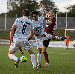 Daniel Norouzi og Callum McCowatt (FC Helsingør) vinder bolden fra Nicklas Mouritsen (Skive IK) under kampen i 1. Division mellem FC Helsingør og Skive IK den 18. oktober 2020 på Helsingør Stadion (Foto: Claus Birch).