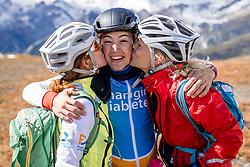 16-09-2017 FRA: BvdGF Tour du Mont Blanc day 7, Beaufort<br /> De laatste etappe waar we starten eindigen we ook weer naar een prachtige route langs de Mt. Blanc / Marion, Javier en Nicole