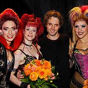 NLD/Utrecht/20100903 - Premiere Queen musical We Will Rock You, Pia Douwes, Marjolein Teepen, John Vooijs en Floortje Smit